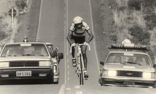Em 1993, o paranaense Valter Castelhaço andou escapado 140 km de Piratuba a Caçador. Chegou a abrir 15 min sobre o pelotão, mas foi alcançado antes da chegada