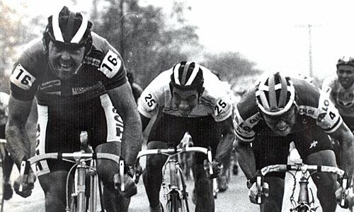 Em 1989, Marcelo Greuel (numeral 16) vence etapa na BR-470