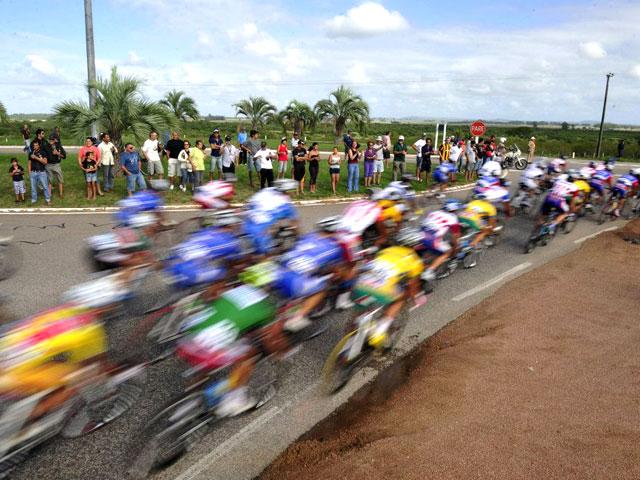 Segunda etapa Rutas de América - José Pedro Varela/Melo. Percurso de 151 km. Média de velocidade dos ciclista foi de 45,6 km/h — em Uruguai.