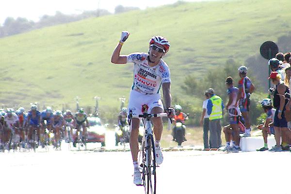 Bulgarelli escapa a 5km e conquista seu 1º título brasileiro de estrada