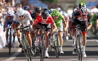 Cavendish vence última etapa do Giro D'Itália; Nibali confirma título