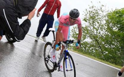 Nibali vence cronoescalada do Giro D'Itália; veja melhores momentos