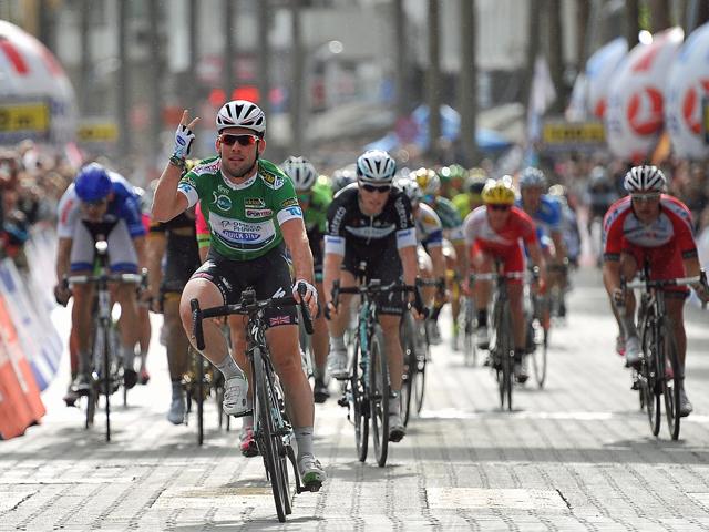 Mark Cavendish comemora a 3ª vitória na Volta da Turquia