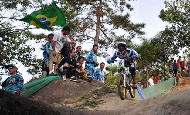 Downhill no Mundial Máster em Balneário Camboriú Foto: Eduardo Schaucoski