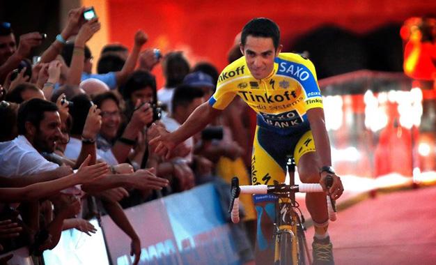 Contador na cerimônia de apresentação das equipes da Vuelta 2014