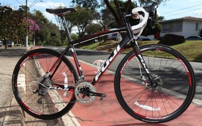 35f2b4cf0ae Bike teste  Fuji Sportif 1.1 Disc é perfeita para montanha e descidas  velozes