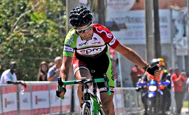 Oscar Sevilla, campeão do Tour do Rio do ano passado, vem defender o título