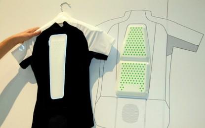 c1ee202c835 POC apresenta camisa de ciclismo com proteção para coluna vertebral