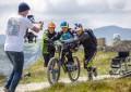 Paralisado, Martyn Ashton volta às trilhas em bike adaptada