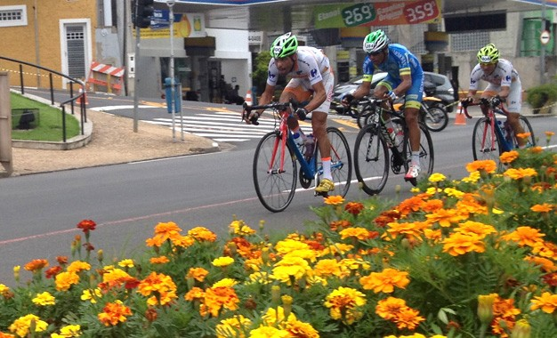 Pedro Nicácio e Daniela Lionço vencem GP Campinas de Ciclismo