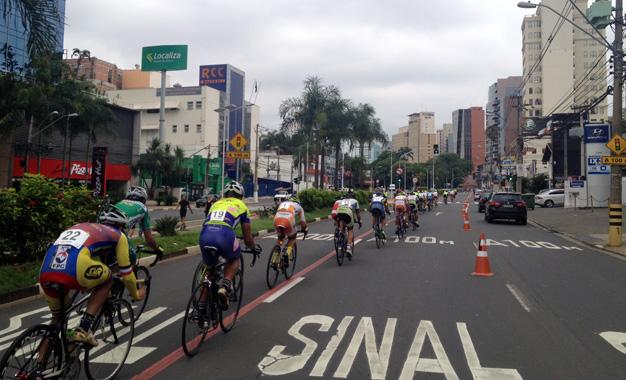 Circuito de 5,5 quilômetros na Avenida Norte-Sul Foto: Marcos Adami