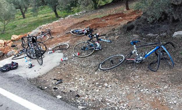 Bikes da equipe Giant fotografadas após atropelamento na Espanha