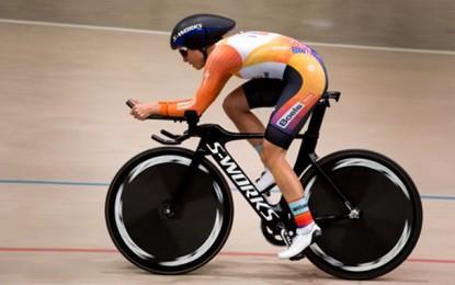 Evelyn Stevens, dos EUA, estabelece novo recorde da hora com 47,980km
