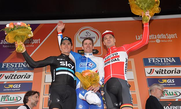 Demare, com Ben Swift e Jurgen Roelandts no pódio da Milão-San Remo 2016