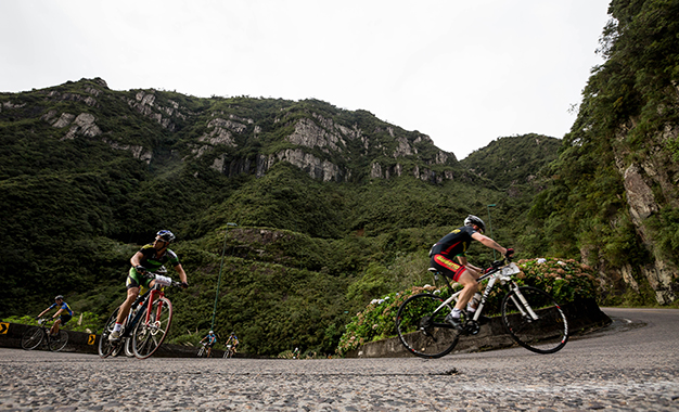 Na escalada entre Lauro Muller e Bom Jardim da Serra