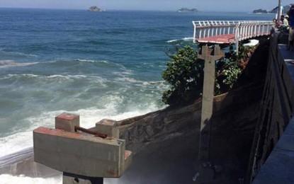 Tragédia: trecho de nova ciclovia carioca desaba e provoca mortes
