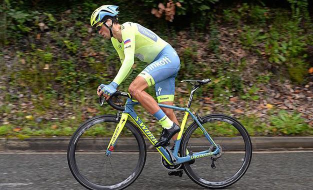 Contador na disputa do contrarrelógio final