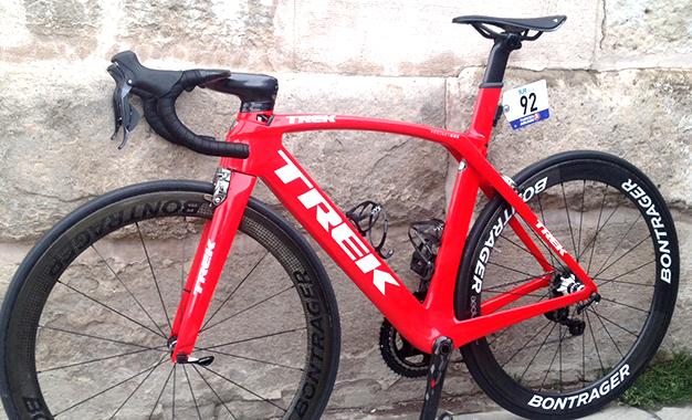 Modelo novo da Madone é usado por alguns ciclistas do time Verva