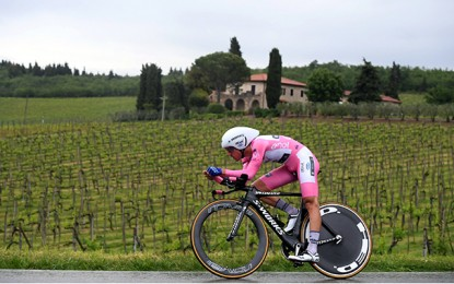 Giro D'Itália: Brambilla segura maglia rosa por 1 segundo
