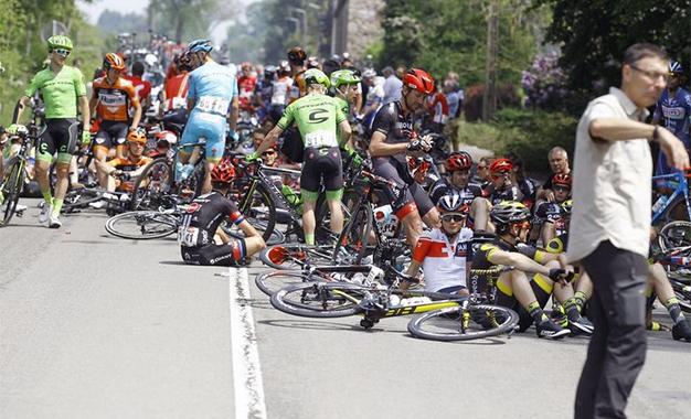 Queda na Baloise Belgium Tour
