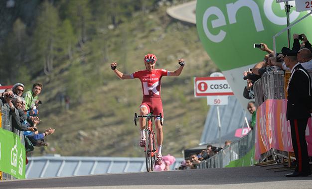 Taaramae cruza sozinho a penúltima etapa do Giro
