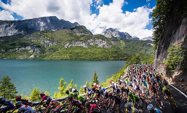 Pelo belo percurso da 17ª etapa do Giro D'Itália