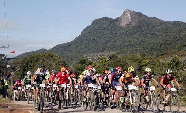 O Desafio Márcio May contou com as distâncias de 69 km para a pro e 36 km para a sport Foto: Eduardo Schaucoski