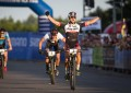 Mundial de MTB: Daniel Federspiel e Linda Indergand são os campeões do XCE