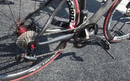 Primeiras pedaladas com o grupo eletrônico da FSA para bikes de estrada
