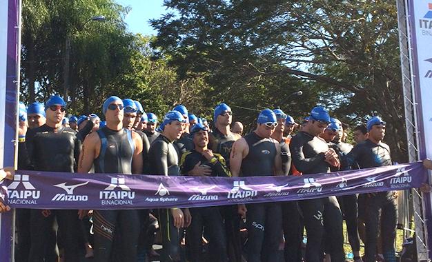 Prova reuniu 680 triatletas de 18 países - Foto de divulgação Fábio Falconi