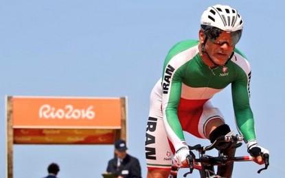 Paralímpicos: ciclista iraniano morre após queda na prova de estrada