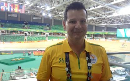 """Rio 2016: Sidney White, o locutor """"Bacana"""" do ciclismo"""