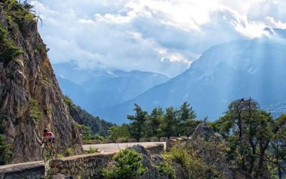 Confira a escalada ao Col d'Izoard feita pelo The Col Collective
