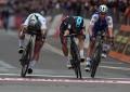 Milão-San Remo: (re)veja o sprint e a vitória de Kwiatkowski