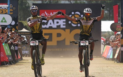Cape Epic: Avancini e Fumic faturam 2ª vitória seguida
