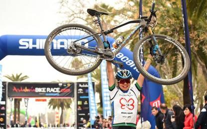 Brasileira Raiza Goulão é campeã da Andalucia Bike Race