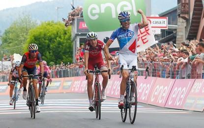 Giro: Pinot vence penúltima etapa; crono encerra disputa em Milão