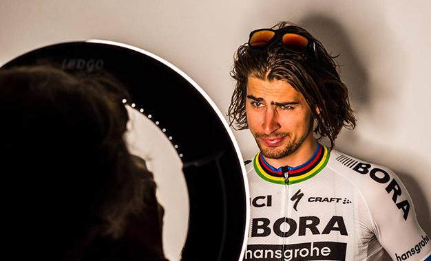 Sagan em sessão de fotos para o Tour da Califórnia