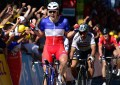 Tour: Demare vence; Sagan é expulso por causar queda de Cavendish