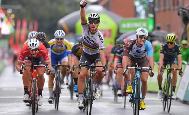 Sagan comemora vitória em  Ardooie