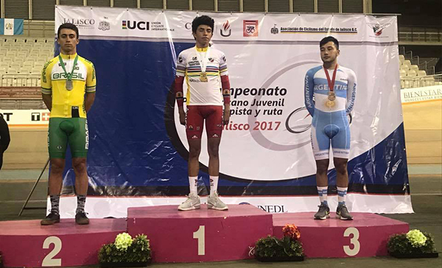 Pódio e medalha de prata para o brasileiro Wolfgang Hipólito