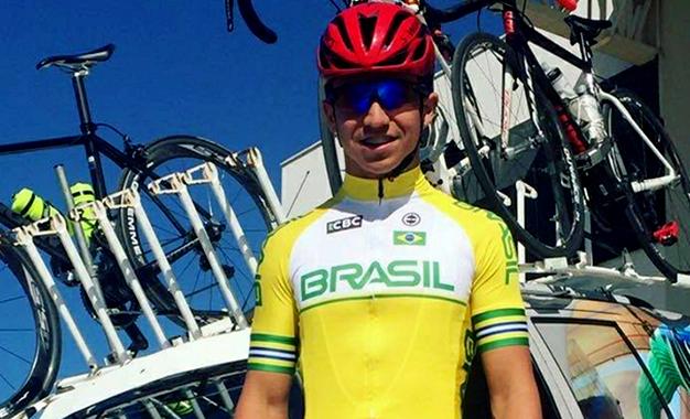 O ciclista Wolfgang Hipólito, de 17 anos