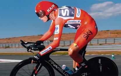 Vuelta: líder Froome vence contrarrelógio e aumenta vantagem