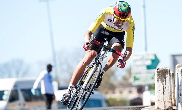 Lauro Chaman garantiu o ouro no ciclismo de estrada do Mundial de paraciclismo Foto: UCI/Andrew Mc Fadden - Boogs Photography