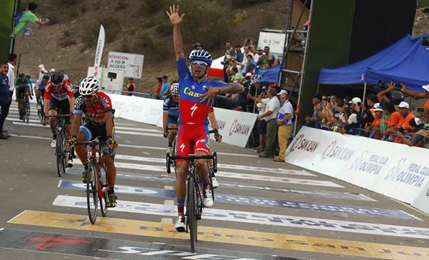 San Juan: Villalobos, da Costa Rica, vence 2ª etapa e lidera