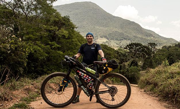 Giraventura: o quadro de cromo-molibdênio no cicloturismo