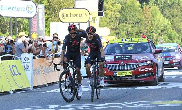 Tour de France: Michal Kwiatkowski vence ao lado de Richard Carapaz