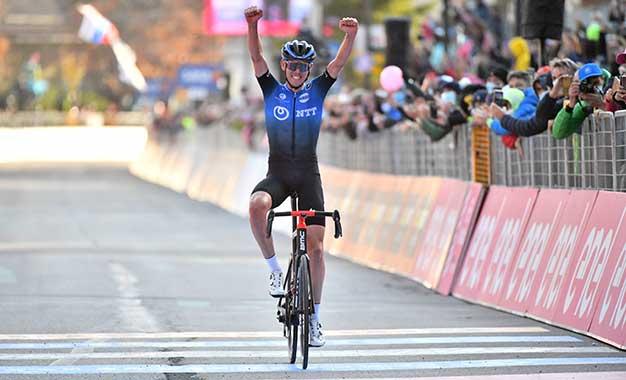 Giro: O'Connor conquista vitória solo em Madonna di Campiglio
