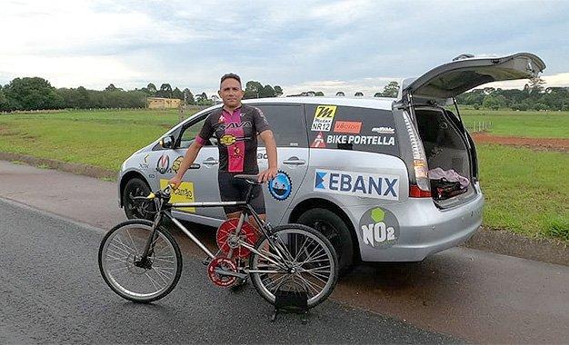 Portela já treina com nova bike em busca do recorde de 250km/h