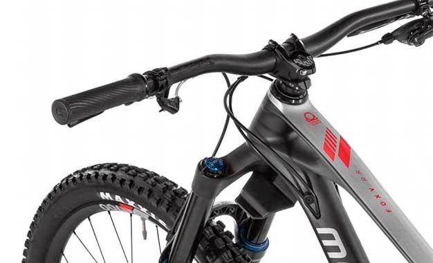 Mondraker lança bikes com telemetria integrada à suspensão